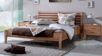 Low foot end bed